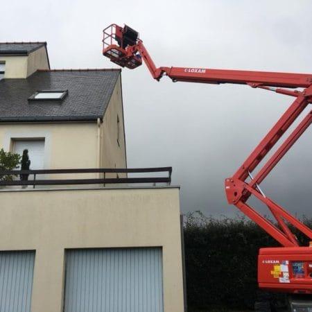 Nettoyage de façade sur un immeuble en Côtes d'Armor