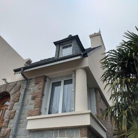 Isolation thermique par l'extérieur sur une maison à Erquy
